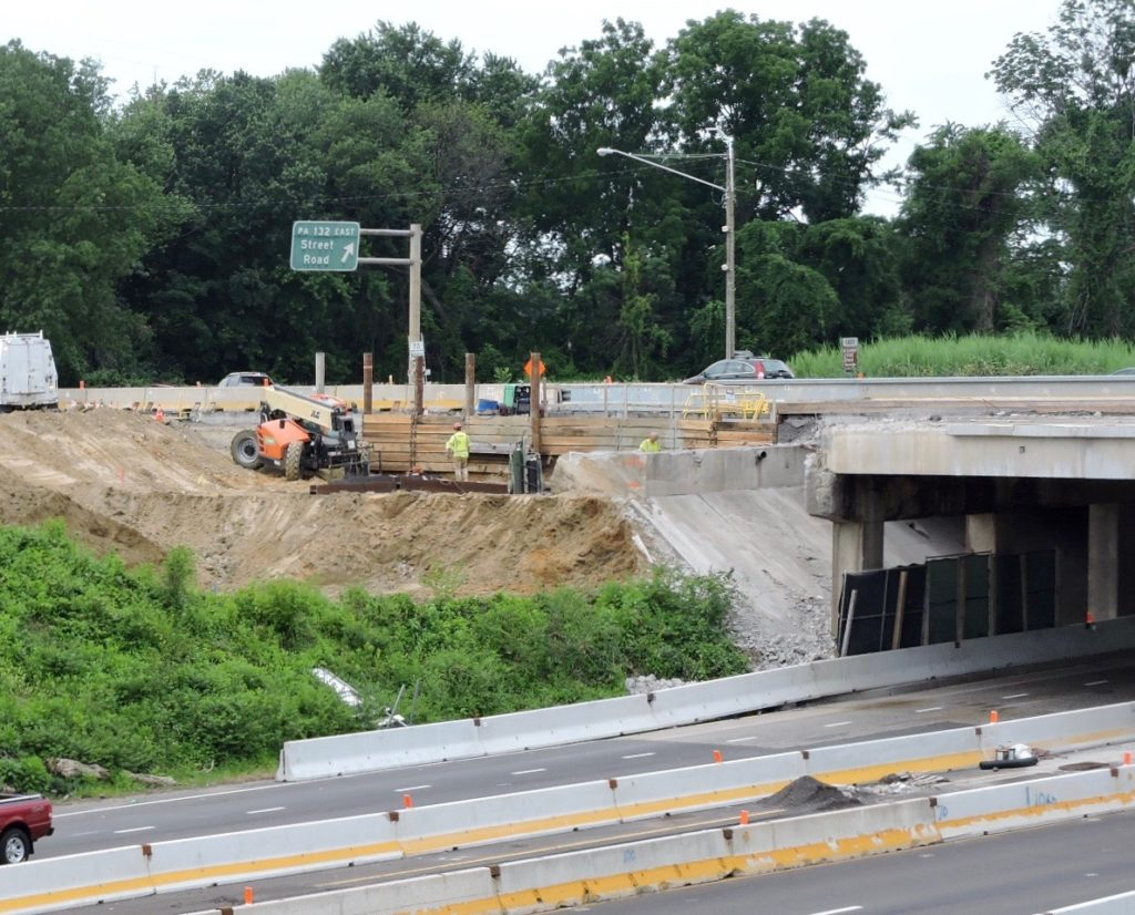 Northbound U.S. 1 excavation